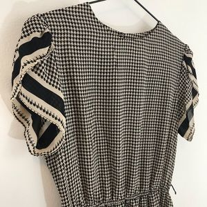 Black and white houndstooth vintage/retro dress